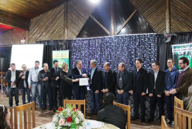 Amboni Alimentos recebe certificação Cidasc